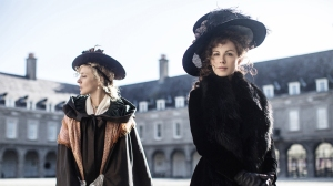 Love & Friendship (2016) reviewed by Jonathan Berk from Berkreviews.com